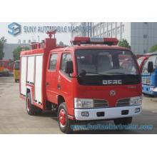 Camion de combat d'incendie de réservoir d'eau et de mousse de Dongfeng 2000L