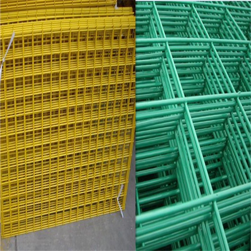 Powder coating welded wire mesh