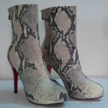 2016 neue Art von Snakeskin Frauen Stiefel (Hcy02-749)