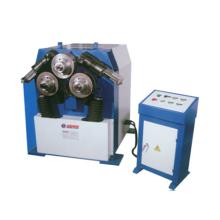 Machine à cintrer de profil hydraulique