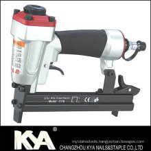 22 Ga. 7116 Furniture Staple Gun
