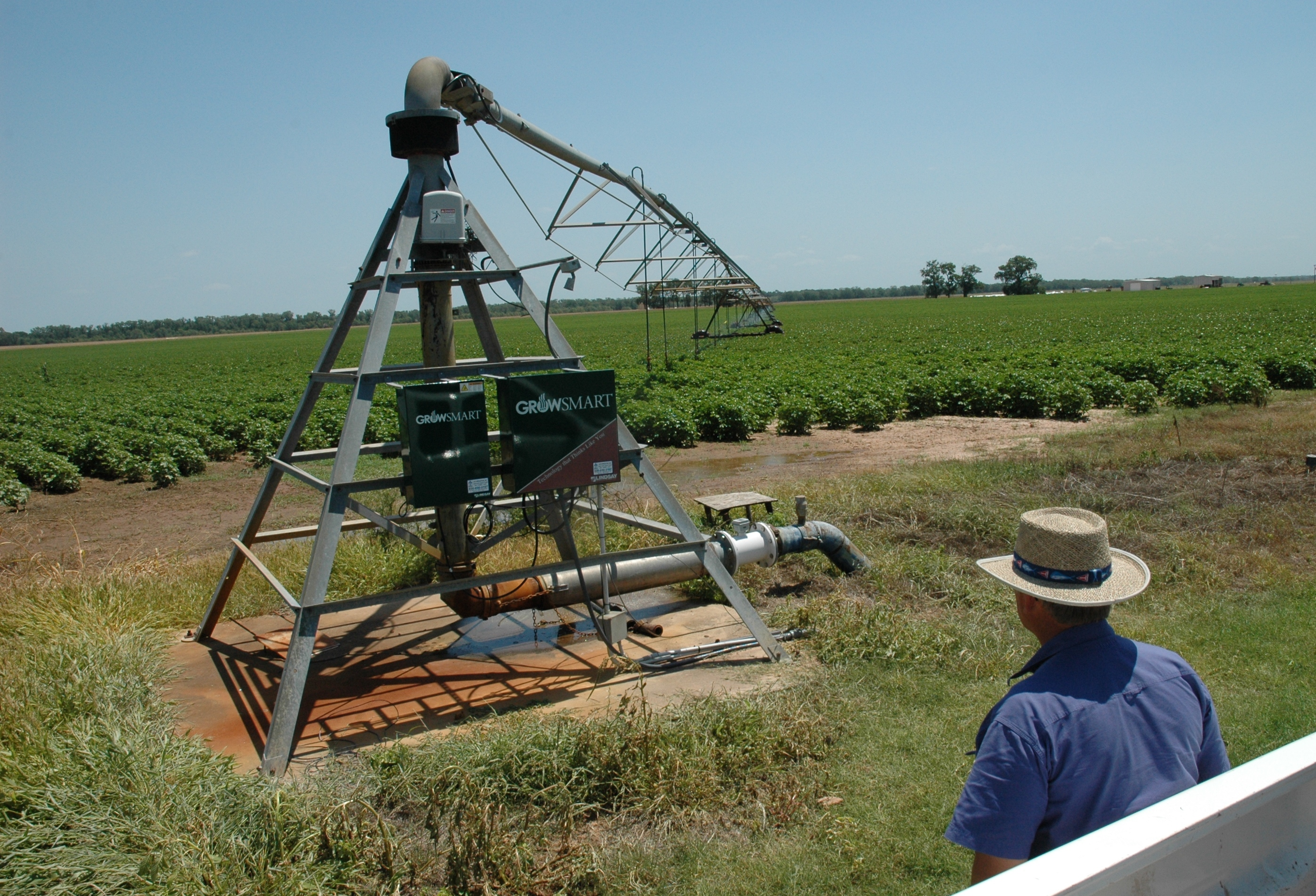pivot center irrigation system