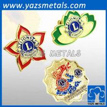 Bonne qualité personnalisée Lion Inthernational Club badges / lapins