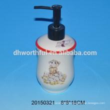 Pompe à lotions en céramique en lotion de salle de bain avec figure de singe