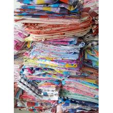 Tejido de poliéster tejido de poliéster de residuos textiles