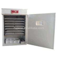 Incubateur d'oeufs de caille avec incubateur contrôleur xm-18