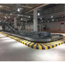 arrival airport baggage carousel conveyor belts