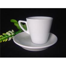 Фарфоровая толстостенная чашка для кофе
