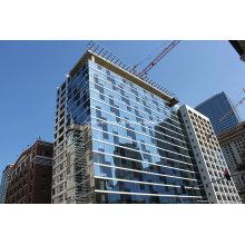 Façade en murs de rideaux en verre teinté bleu à haute transition