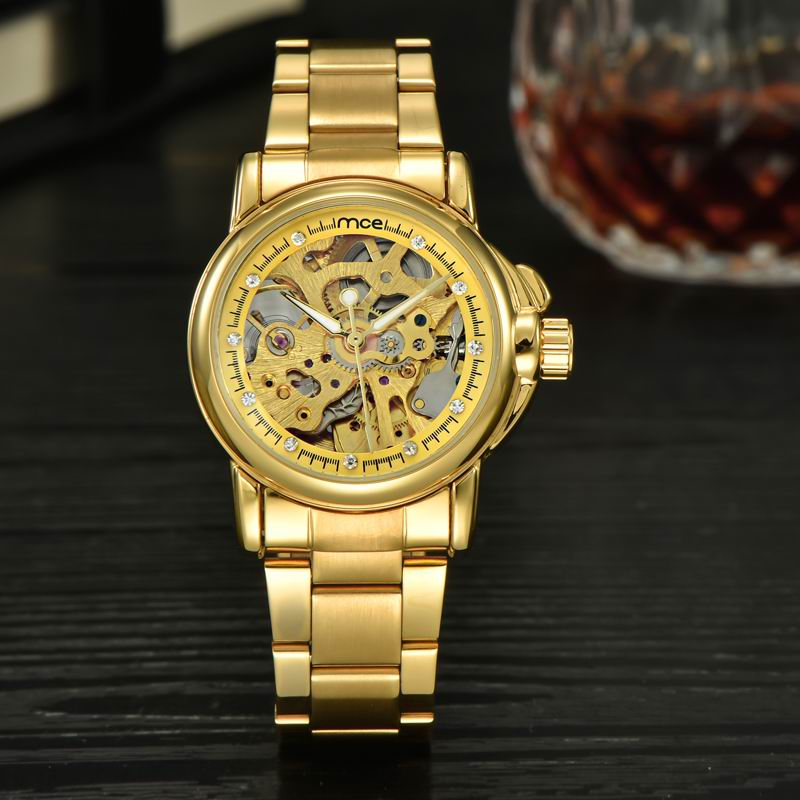 Luxury branded fashion ladies golden wrist watch