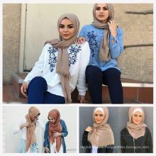 Las mujeres de tendencia de tendencia agradable estilo de vida elegante bufanda musulmán burbuja hijab