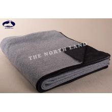Couverture en tricot cachemire réversible CB14092401