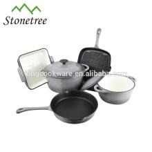 oval /round cast iron casserole with blue enamel coating