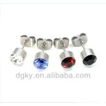 Fancy multy-gem orelha studs / plug, piercing magnético