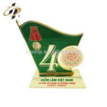 Bandera creativa al por mayor del diseño creativo de encargo Regalos del recuerdo del aniversario del día nacional taza trofeo