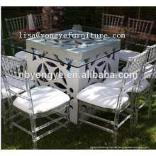 Esstisch und Stuhl