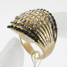 Fine Rhinestone Crystal metal alloy Ring With 18K Gold Plated wholesale jewelry