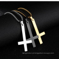 Colar de pingente de cruz invertida de aço inoxidável preto