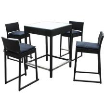 Set de patio Bar al aire libre de mimbre de la rota del mobiliario sillas taburete