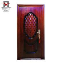 современный дом, железная дверь