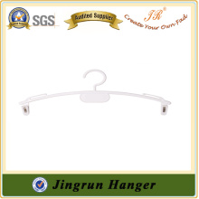 Alibaba Supplier Bestselling White Plastic Underwear Hanger in Resin