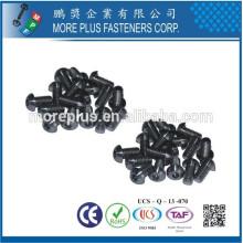 Hecho en Taiwán ISO7380 Fabricación del hardware Fabricación M2.5 Botón de acero inoxidable Tornillo de la cabeza Tornillo