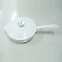 White Round Enameled Cast Iron Saucepan With Cover