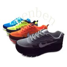 Hot New Popular Men′s Sneaker Casual Shoes