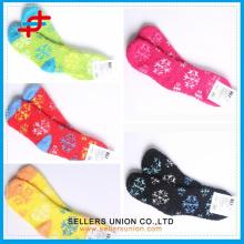 2015 Mädchen OEM Polyester Warm Mode Schneeflocke Neuheit Weihnachten Microfiber Gemütliche Socken
