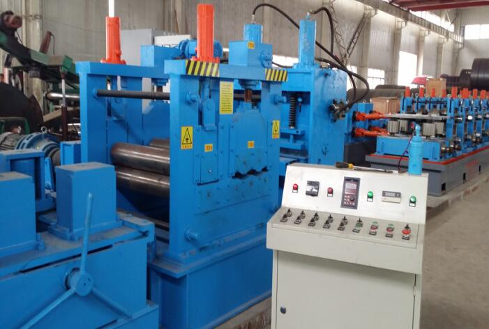 hot roller coil tube machine