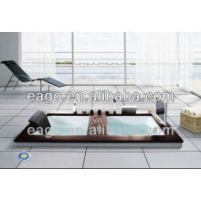 BUILT-IN WHIRLPOOL BATHTUB WITH TV