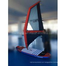 Barco à vela fabricado na China