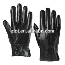 Production Accessoires en cuir pour gants en cuir