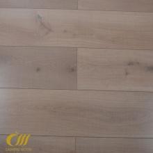 Carrelage en stratifié grain de bois texturé de 12,3 mm