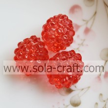 Wholesale Beautiful Red Acrylic Strawberry Round Beads