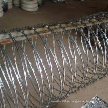 Fornecedor de arame farpado de navalha para cerca de segurança