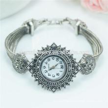Nueva llegada de moda de lujo personalizado reloj de pulsera de cuarzo para las mujeres B038