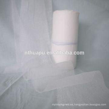 El vendaje de gasa de algodón blanco no contiene colorantes artificiales
