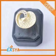 ล่าสุดออกแบบโลหะผสม rhinestone นิ้วแหวนสำหรับ unisex