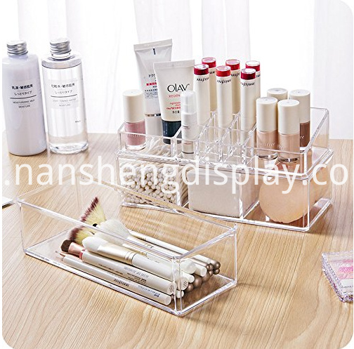 Clear Acrylic Lipstick Holder