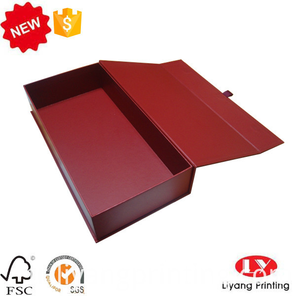 paper packaging box with magnet