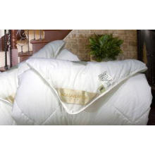 White Spring / Autumn / Winter Down Comforter King With 100