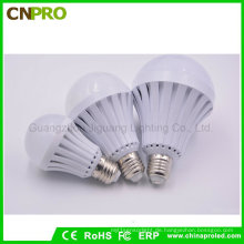 Breiter Spannungs-Bereich E27 5W 7W 9W 12W LED intelligente Notbirnen-Beleuchtung