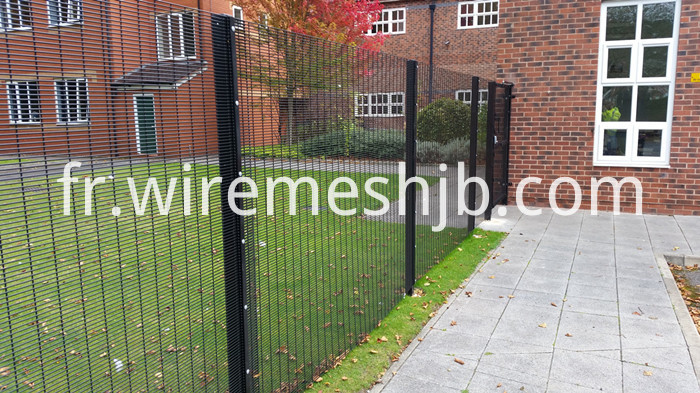 358 Welded Mesh Fence