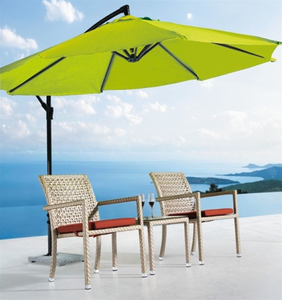Outdoor bistro chair and table