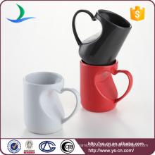 Rojo / Negro / Blanco tazas de par cerámica única con mango