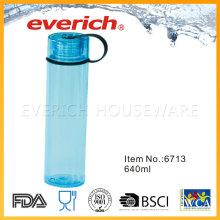 Reutilizando garrafas de plástico transparente com tampa redonda