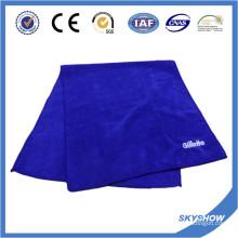 Toalla deportiva con logo personalizado bordado (SST0501)