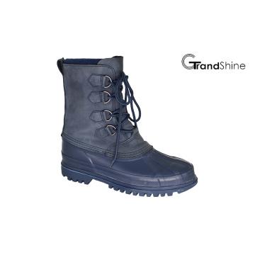 Зашнуруйте низко водоустойчивые ботинки зимы снежка