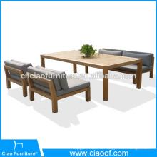 Mesa de centro de madeira teca ao ar livre e conjunto de cadeiras